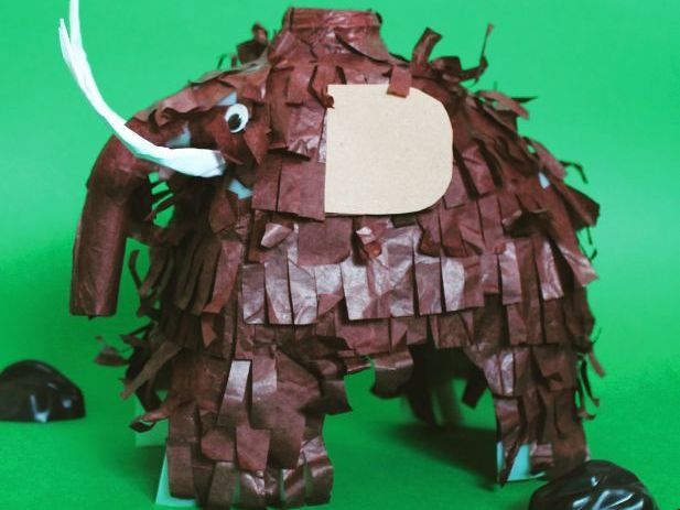 How to make a woolly mammoth milk bottle instructions