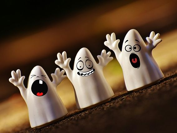 Poetry for Halloween - The Listeners by Walter de la Mare comprehension  and guided writing example