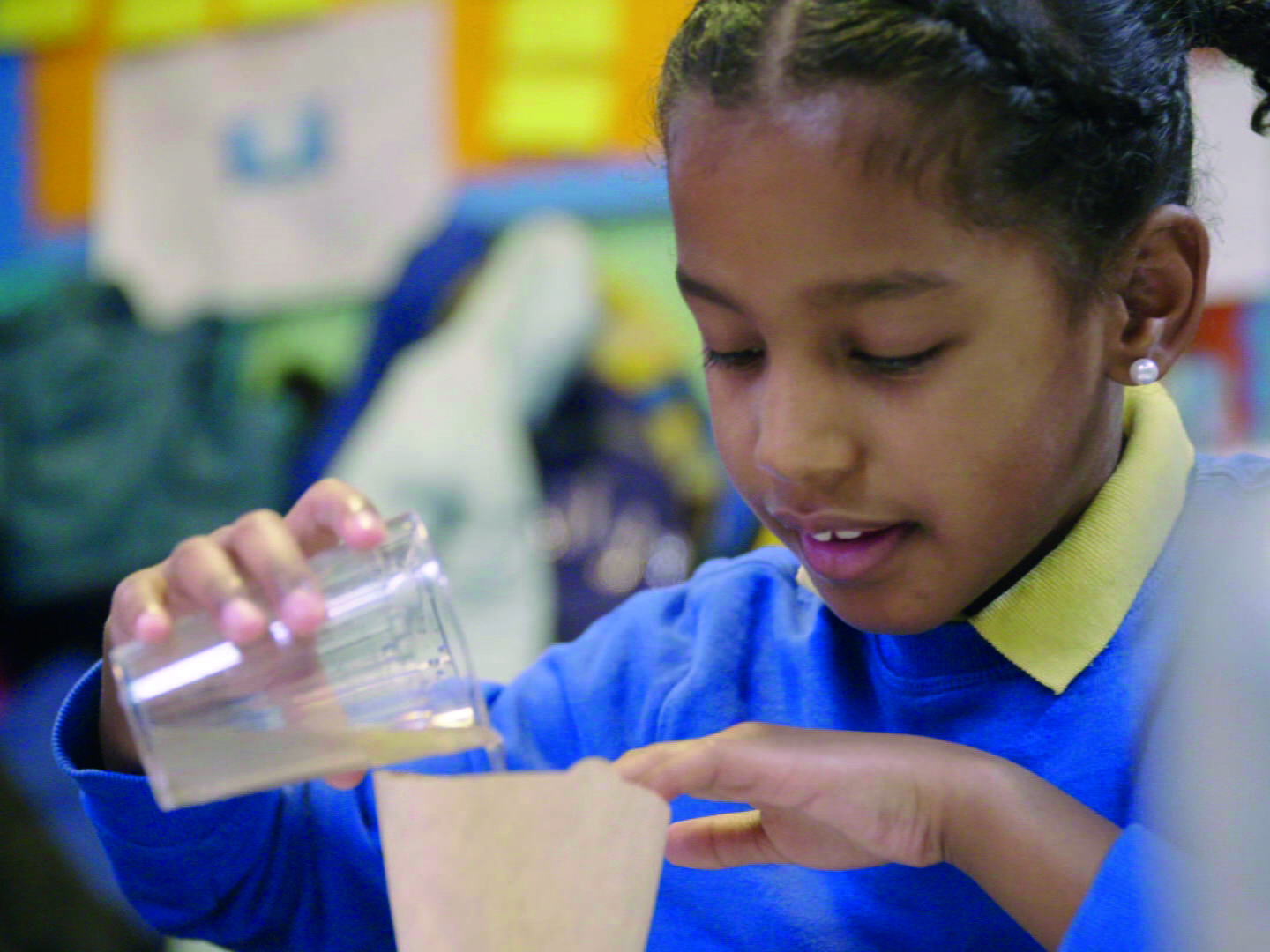 Brian Cox school experiments: How can we clean dirty water?