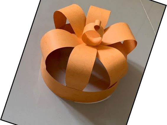 How to make a posh paper crown - 2 pieces A4