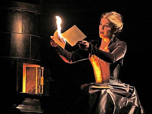 A2 Drama- Hedda Gabler Style Powerpoint