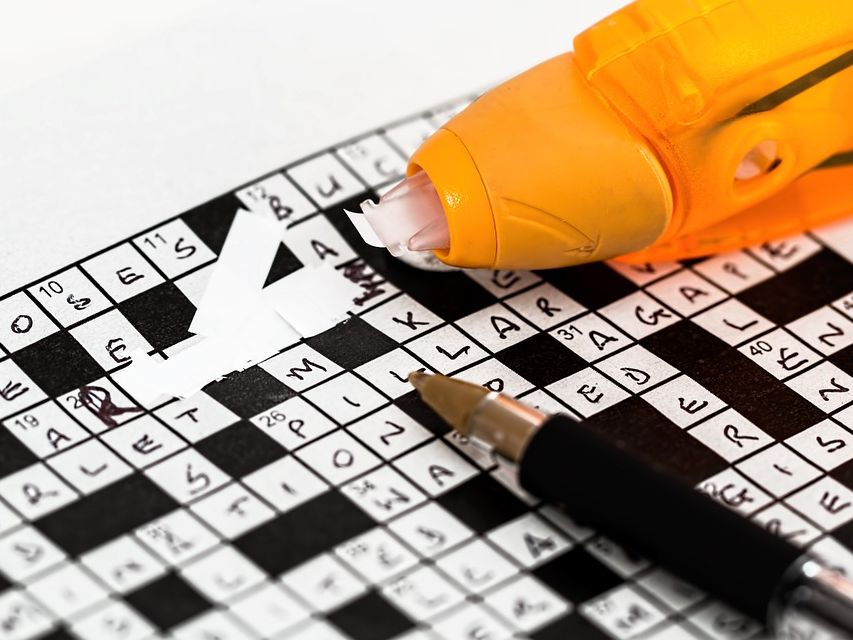 Spanish - Introductions Crossword