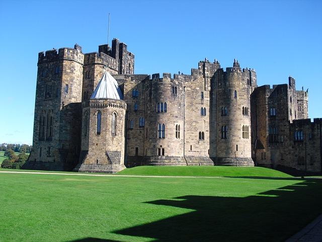 Castles + Treasure - Rhymes, Writing Frames, Picture - EY/KS1